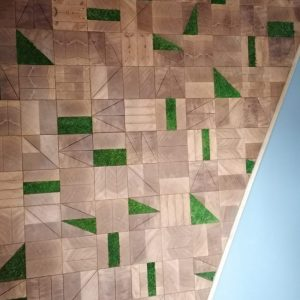 SQUARED - End grain oak - Natural oiled - Preserved moss inserts